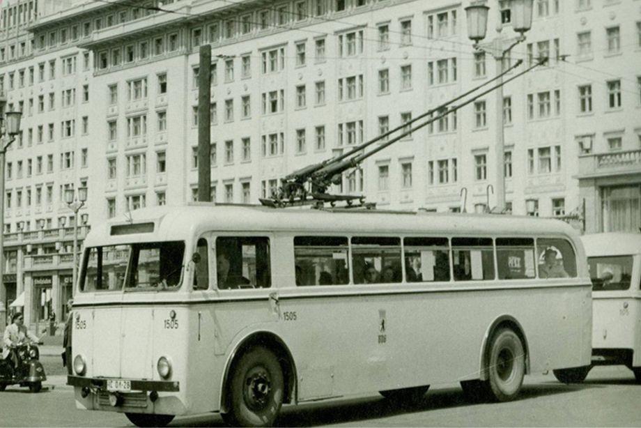 Berliner Roller Oberleitungsbuss Oder Auch O Buss
