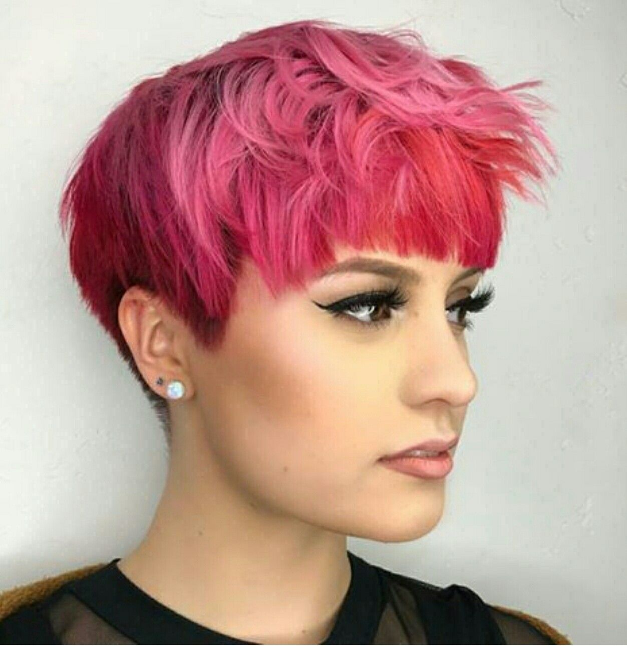 Pin by jenelle on hair pinterest pixies haircuts and hair style