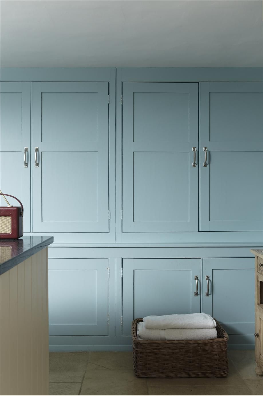Bathroom (Farrow and Ball paint colors for kitchen: Blue Ground #210 ...