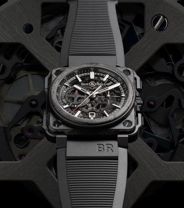 efbb5287172 O cronógrafo Carbone Forgé é a síntese perfeita da excelência da Bell   Ross  no domínio dos relógios profissionais e da alta complicação relojoeira.