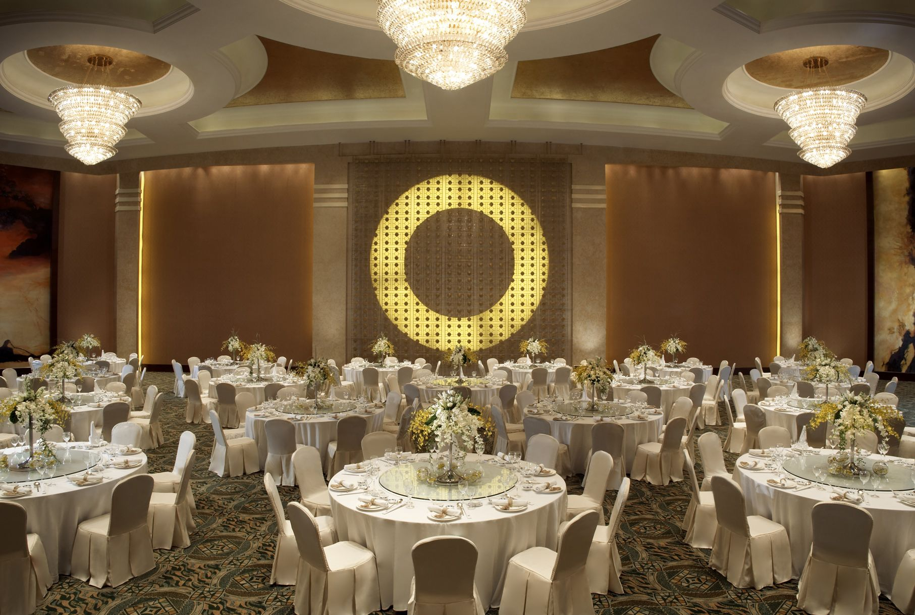 Personalised service at the villa club of kempinski hotel haitang bay - The Ballroom At Mandarin Oriental Jakarta Ceilings Pinterest Mandarin Oriental Oriental And Ceilings