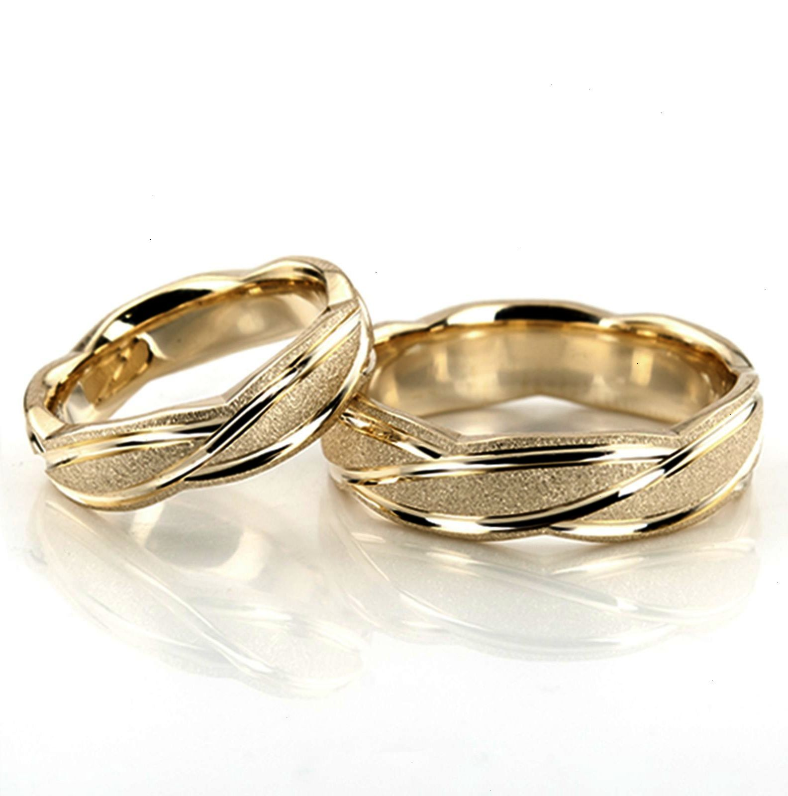 Most Popular Jewelry Simple Engagement Couple Rings Gold