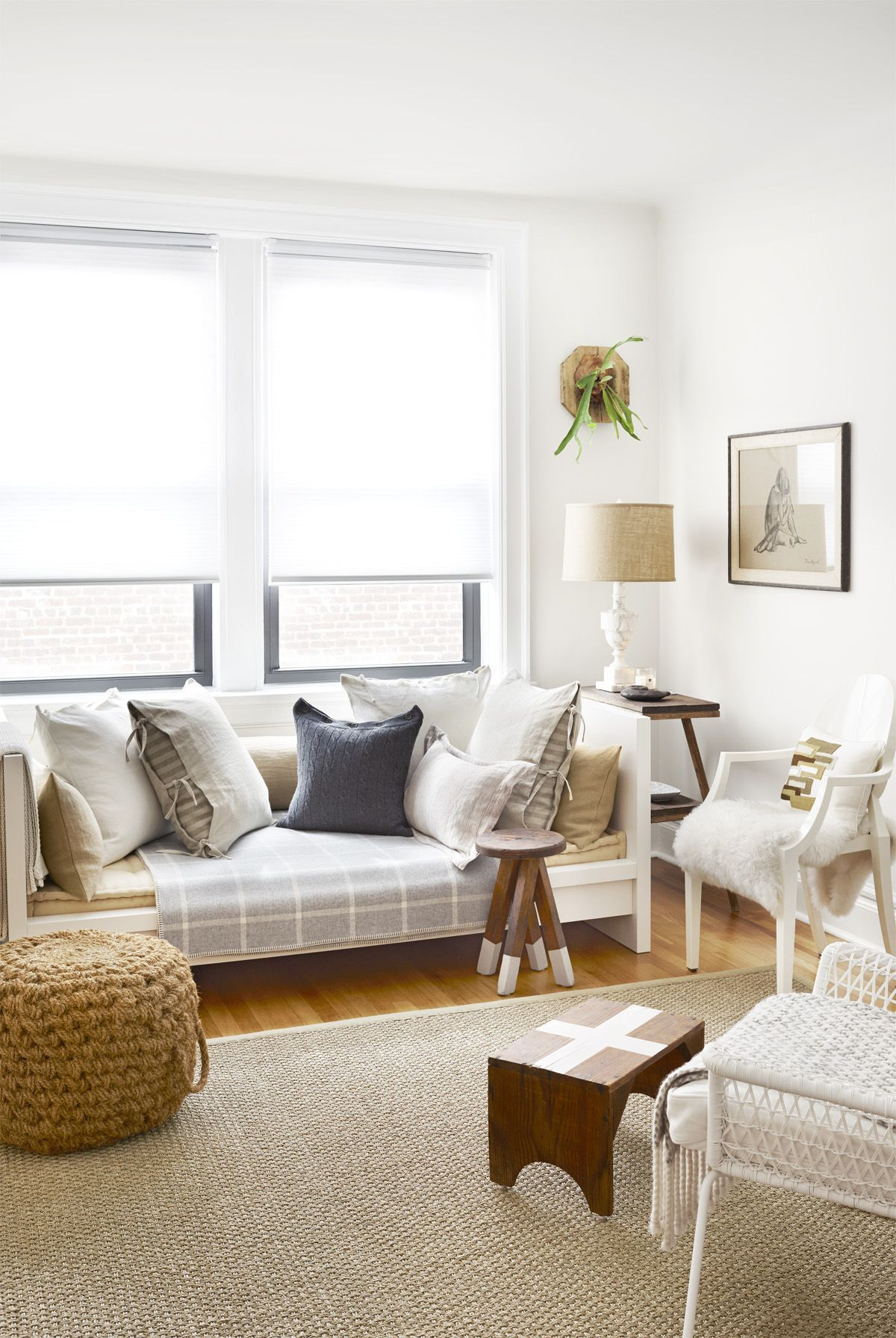 cozy decorating ideas for living rooms of all sizes