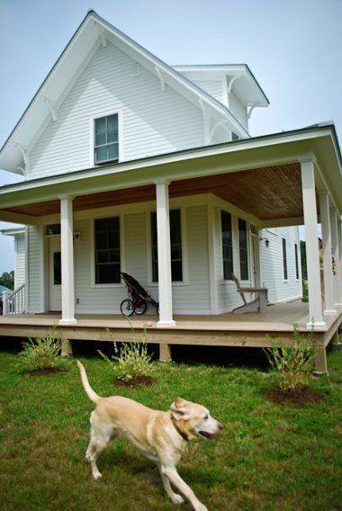 Susan Ryan S Less Is More Farmhouse House Tour Apartment Therapy House Tours Farmhouse Style Exterior Farmhouse House
