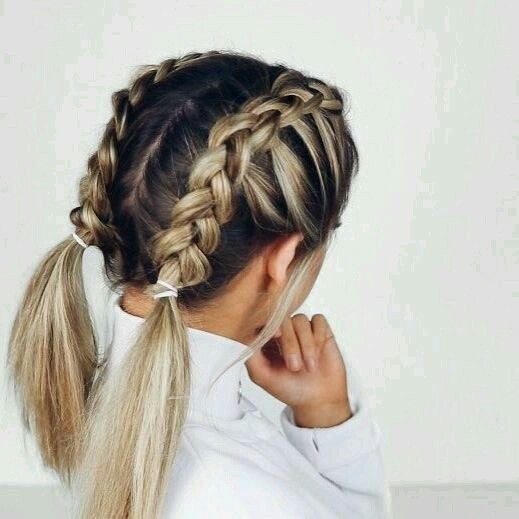 23 Stunning And Easy Hairstyles For Short Hair Twist Hairdo French Braid Hairstyle Messy Ha Cute Simple Hairstyles Short Hair Styles Easy Medium Hair Styles