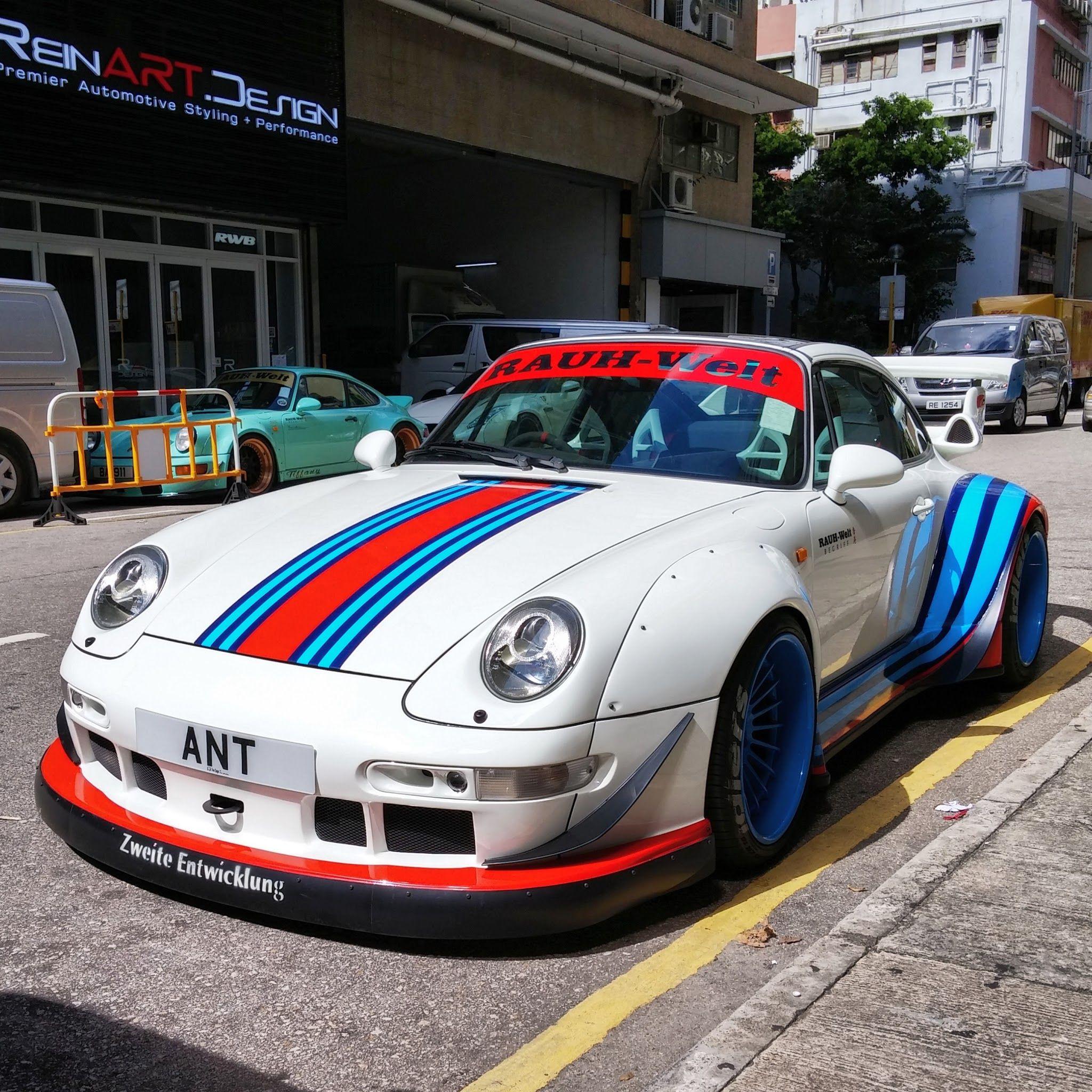 Porsche 993 Motor Abdichten: Porsche 993 RWB MARTINI