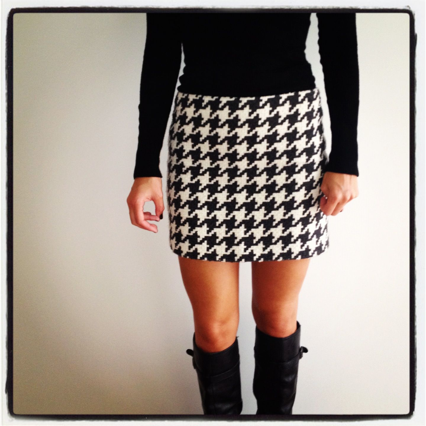 Me & a dogtooth skirt