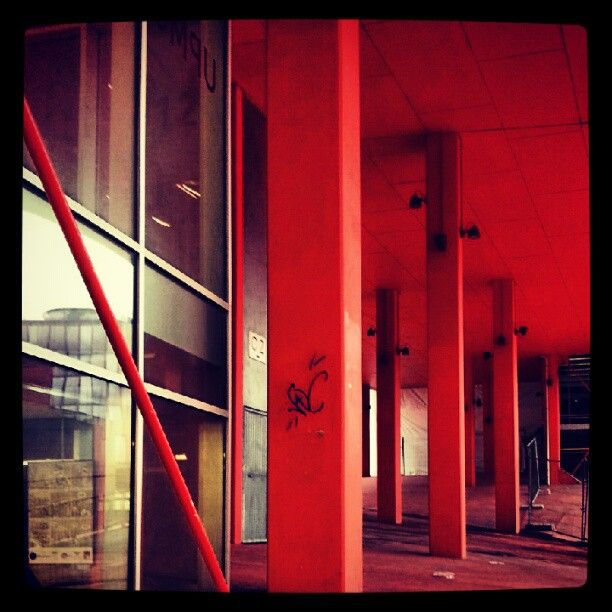 Atrium - #upmc #jussieu #campus #fac #paris Photo by saalikatomos