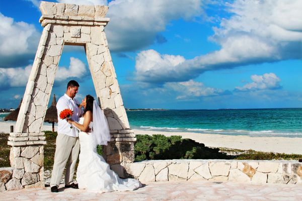 Cancun Resort Wedding by Heather Rice Photography Cancun, Wedding