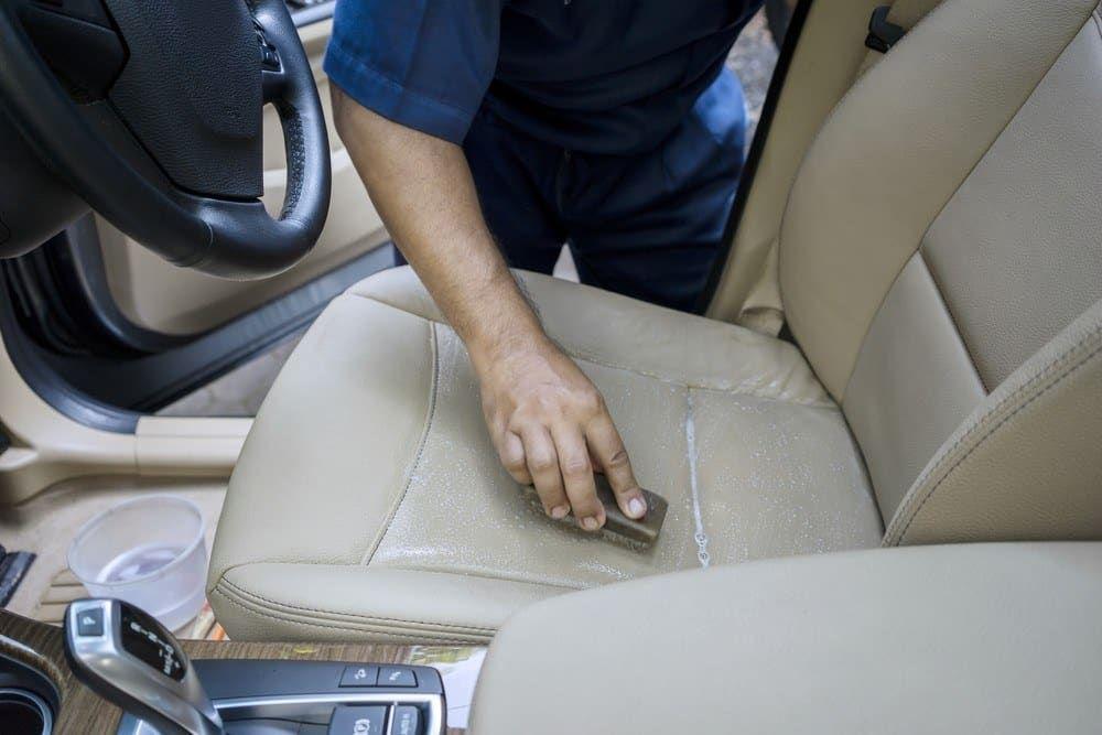 22b6410d54ba7787aee04c0fa2aa3d5d - How To Get Smell Out Of Leather Car Seats