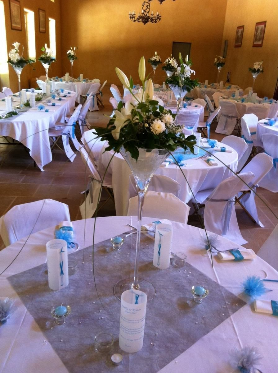 Table Ronde Chemin De Table Decoration Table Ronde Mariage Vase Martini