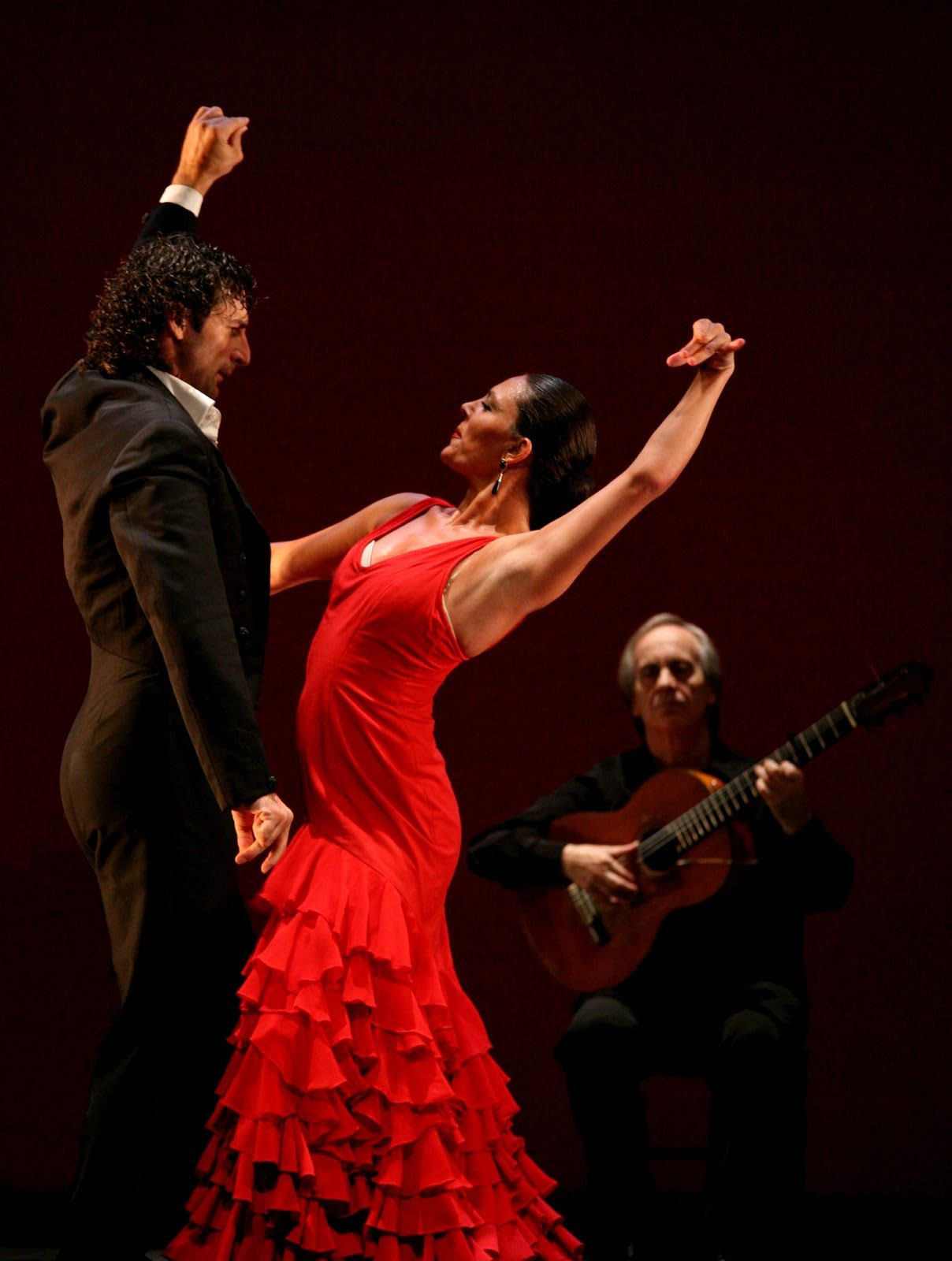 What Is Flamenco Dance? - ThoughtCo