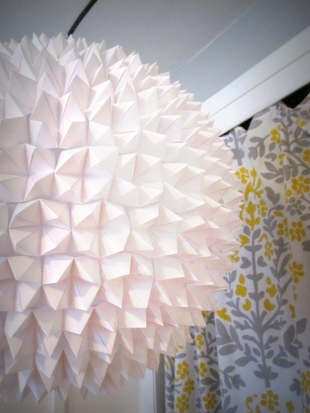 This would make a beautiful cover-up for my ripped paper lampshade ...