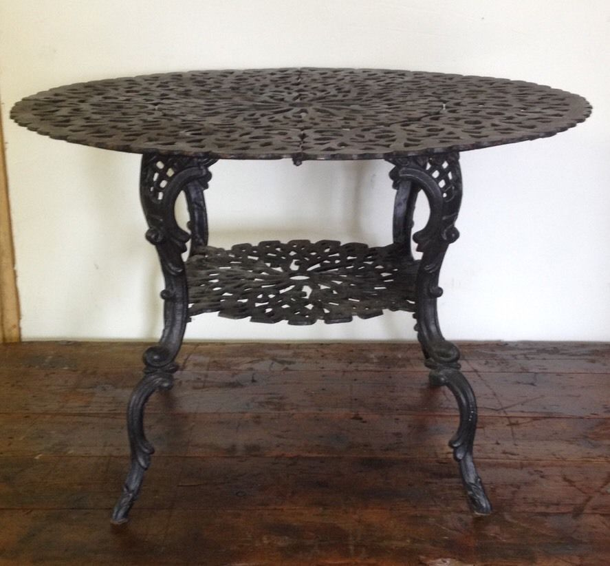 Antique Foundry Cast Iron Outdoor Patio Table Ornate