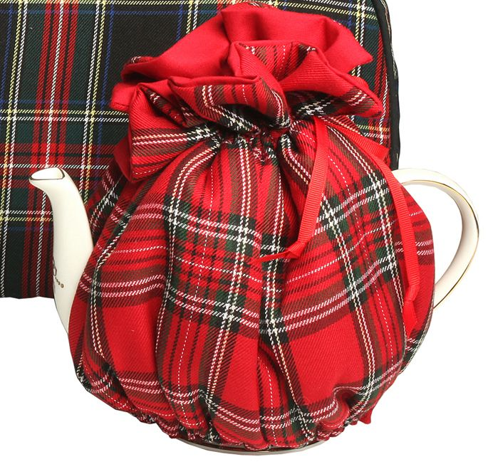 Tea Service and More - Tartan Fitted Tea Cozy