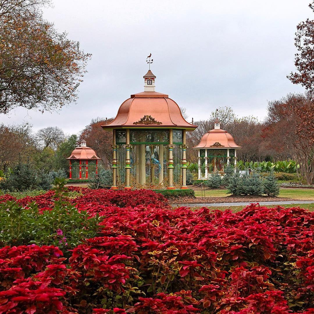 Old Westbury Gardens Christmas: #itsbeginningtolookalotlikechristmas At The Dallas
