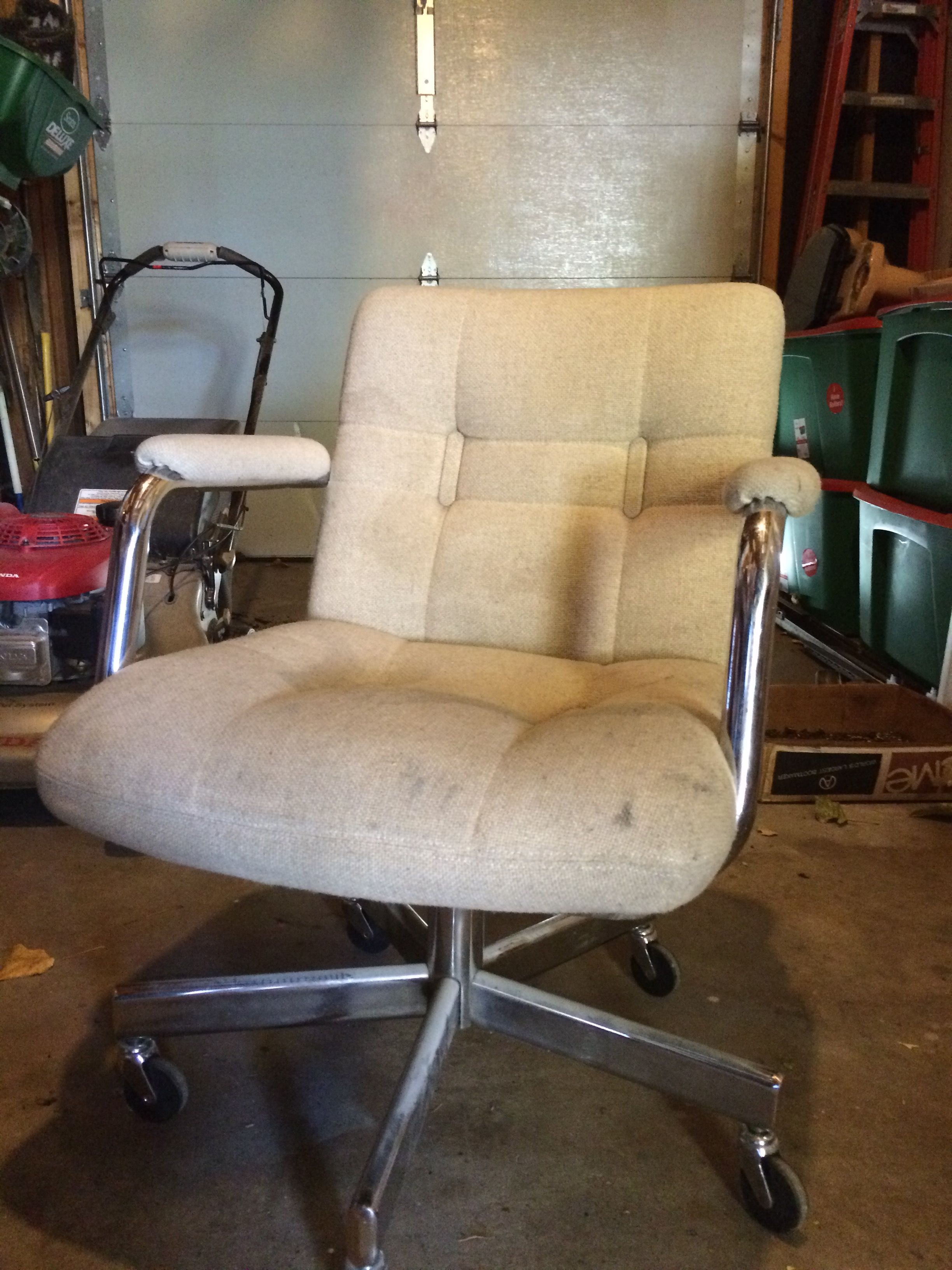 60s Office Chair 10 On Craigslist Chair Office Chair Furniture
