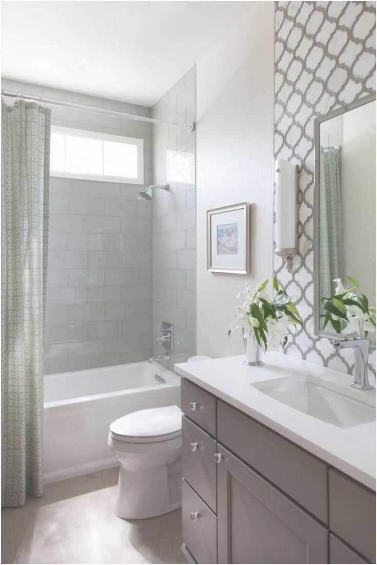 Best 20 Small Bathroom Remodeling Ideas On Pinterest Half From Small Bathroom Design Small Bathroom Renovations Bathroom Design Small Bathroom Tub Shower Combo