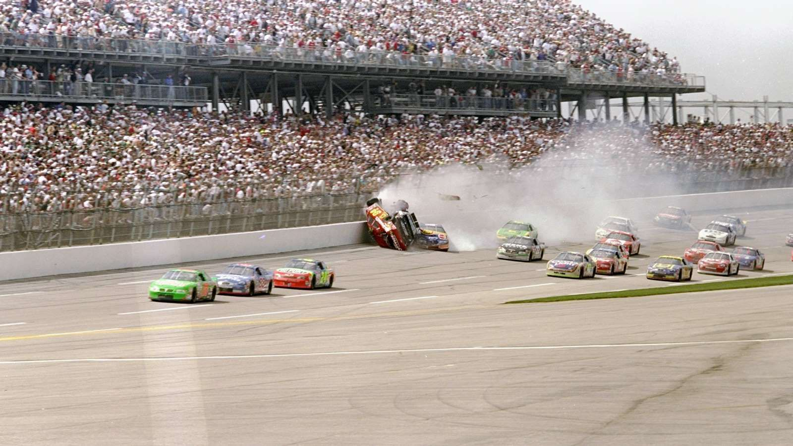 Bill Elliott, Dale Earnhardt and others get tangled up
