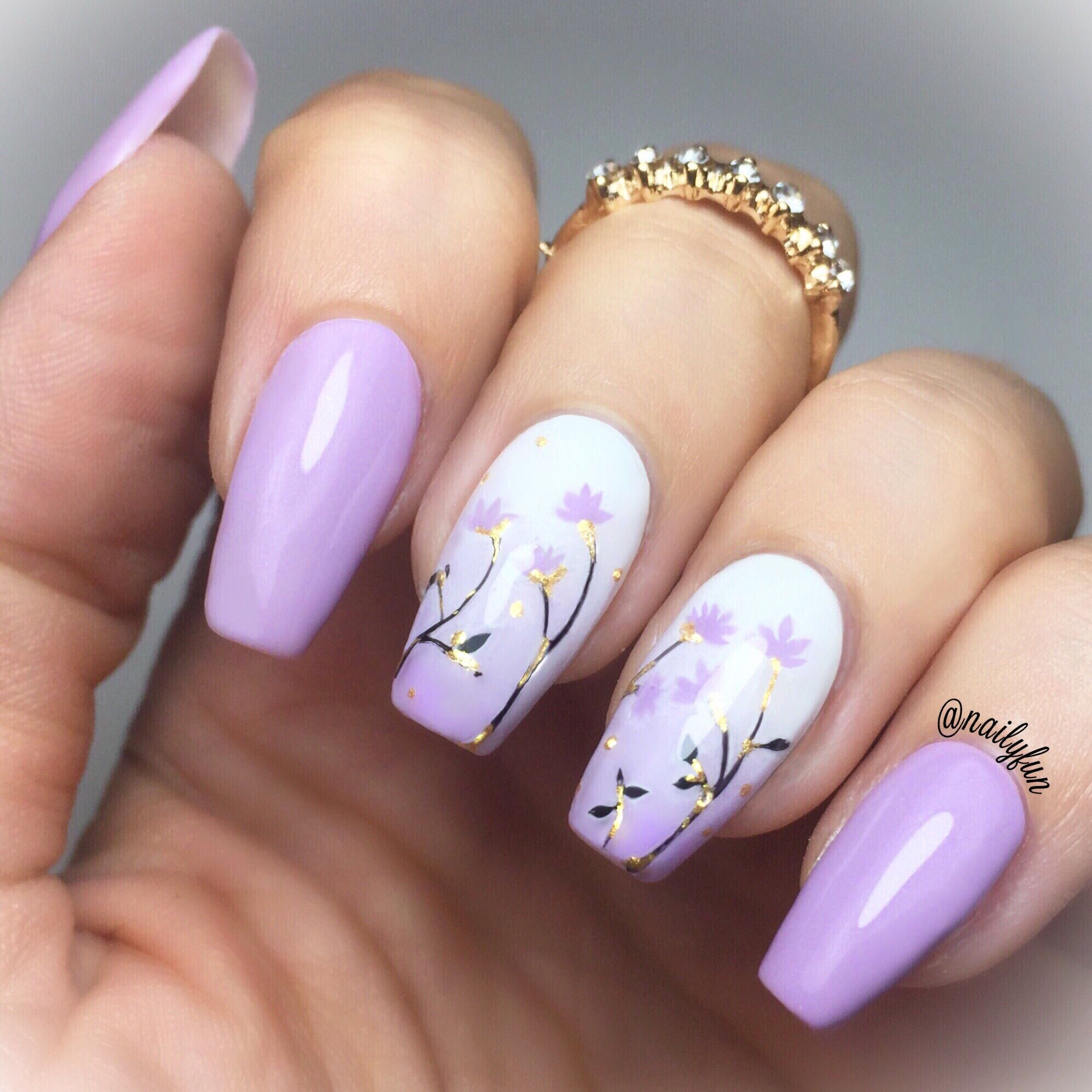 Gradient Purple Flower Nails Made With Nail Polish Nail Designs Coffin Nails Designs Flower Nails