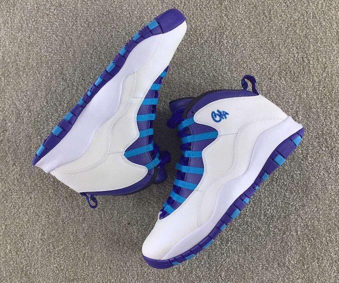 blue and white jordan 10