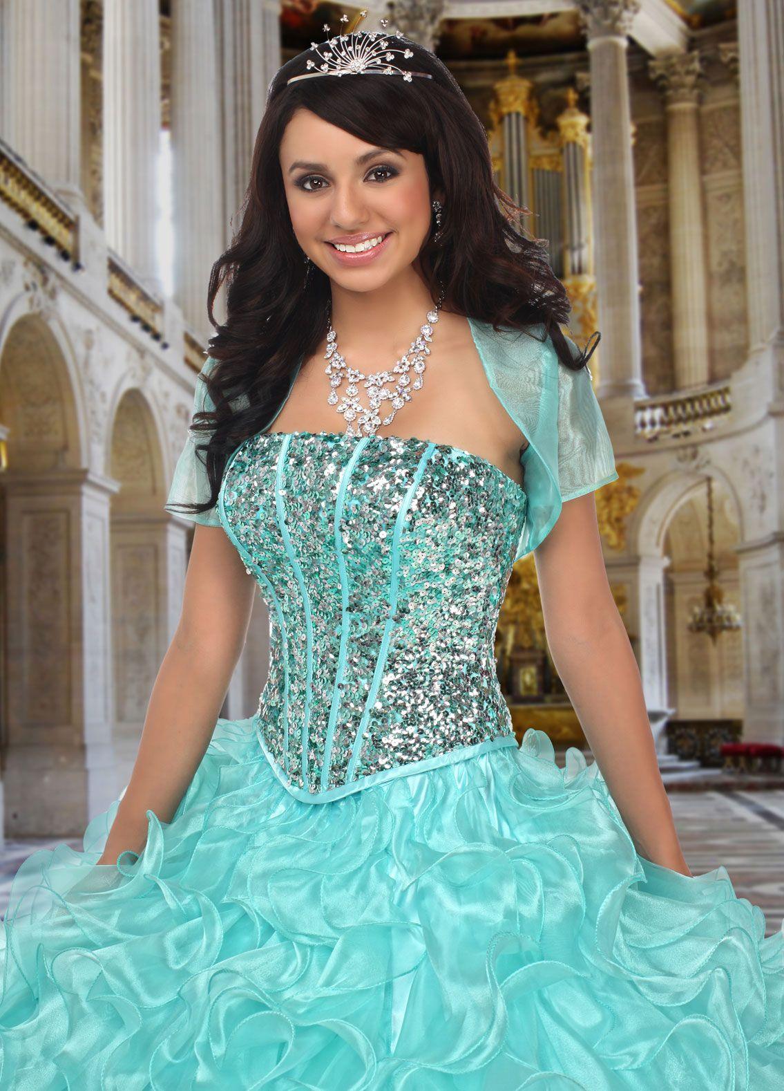 Pin by Priya Avi Sasi on Ball Gowns | Pinterest | Bridal dresses ...