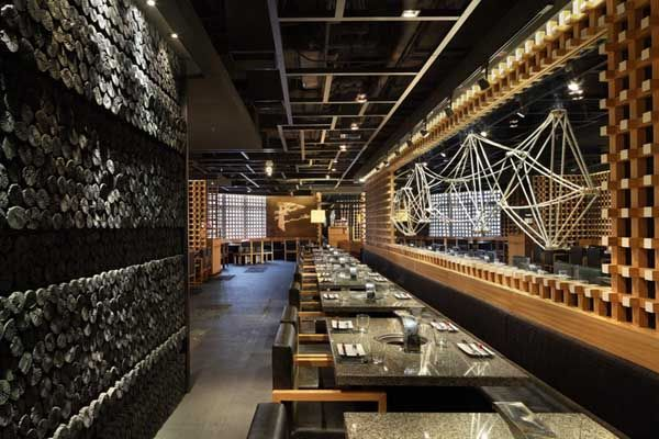 Restaurant japonais id es de design d 39 int rieur3 venue for Interieur japonais design