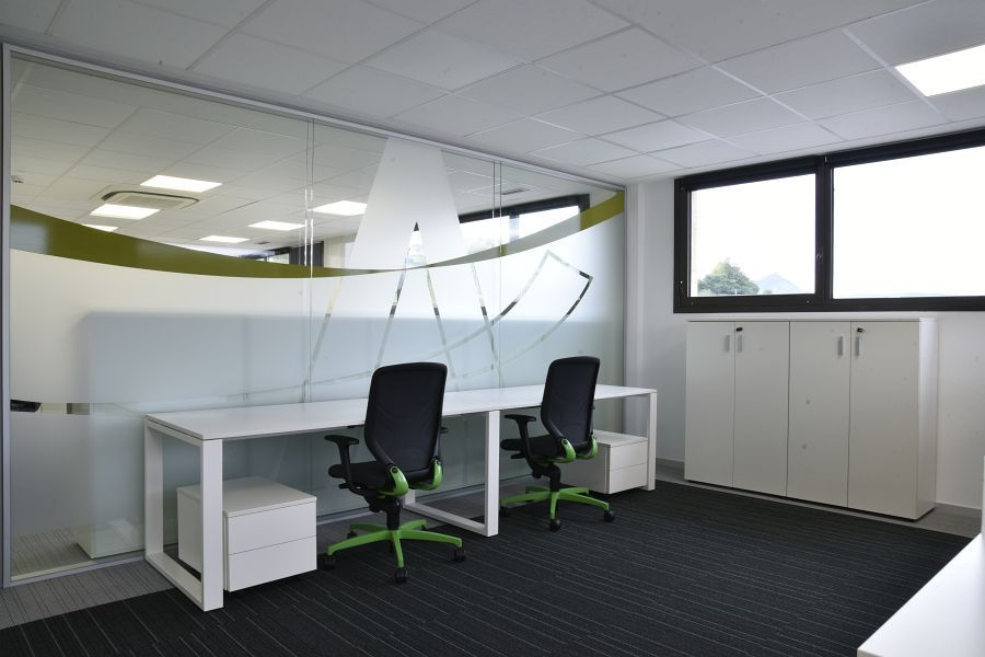 Adur Software Productions Office With In Office Chair Task Chair With Trimension By Wilkhahn Ergonomics Furniture Office Chair Ergonomic Office Chair