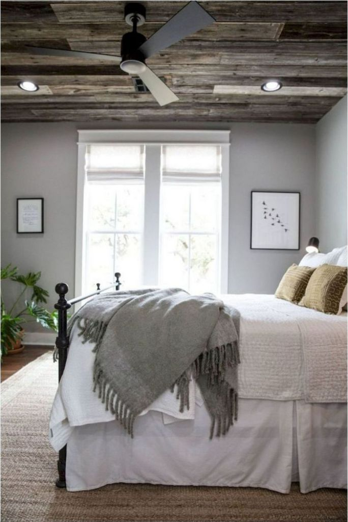 Romantic rustic farmhouse master bedroom decorating ideas