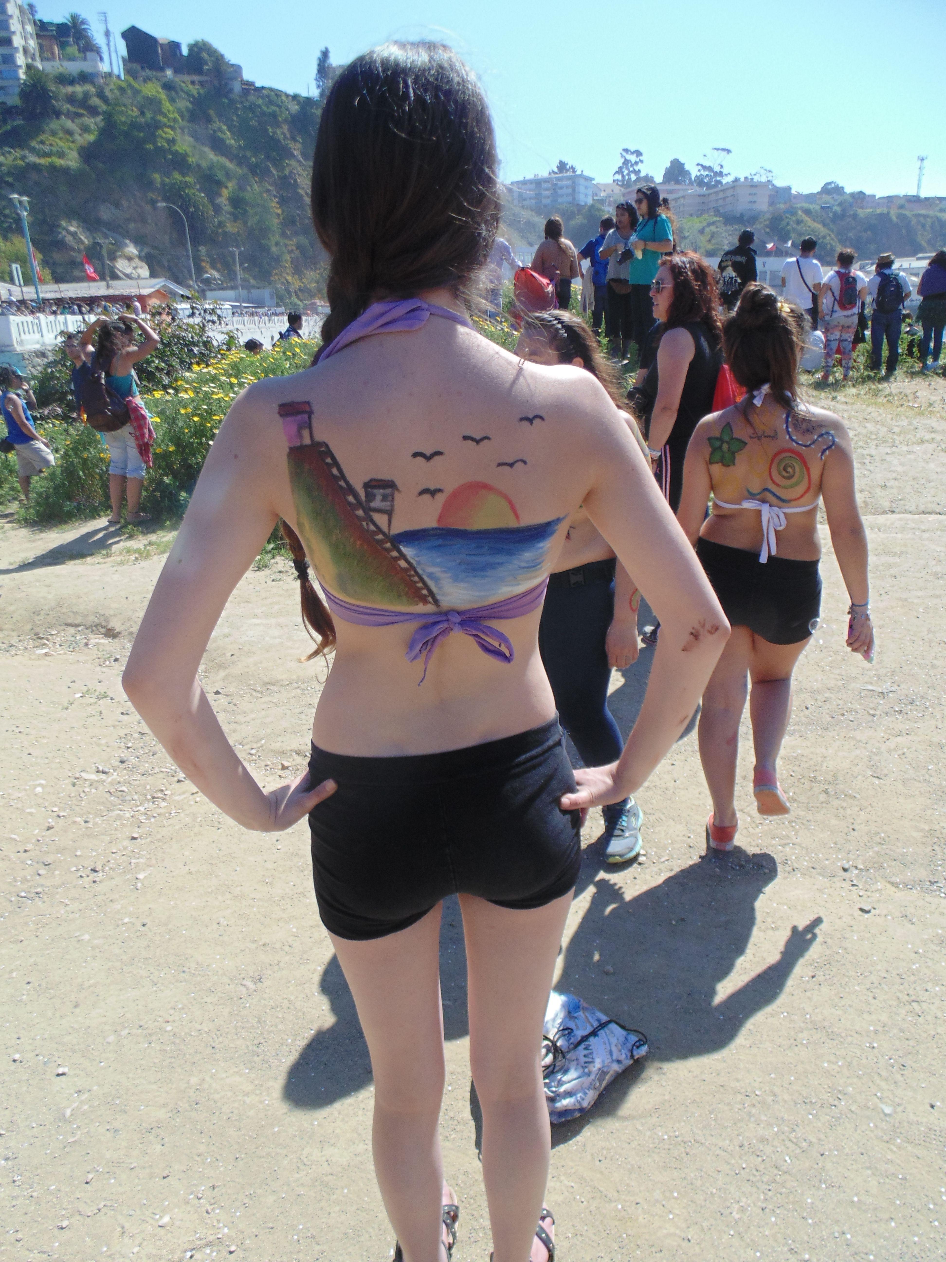 pintura corporal, en el marco dela celebración Valparaíso mil tambo ...