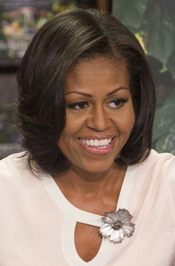 Hairstyle File Michelle Obama S Versatile Bob Essence Blunt Bob Hairstyles Hair Styles Bob Hairstyles