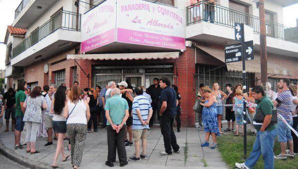 Matan a un panadero durante un intento de robo en Quilmes http://www.diariopopular.com.ar/notas/143683-matan-un-panadero-un-intento-robo-quilmes-