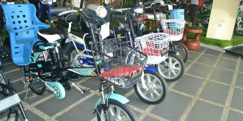 Tak Cuma Ekonomis, Sepeda Listrik Juga Bebas Polusi! | 22/01/2015 | JAKARTA, KOMPAS.com - Keunggulan penggunaan sepeda listrik tidak hanya praktis dan ekonomi. Selain menunjang gaya hidup sehat, pemakaian sepeda listrik yang hemat biaya perawatannya juga sangat ramah lingkungan, ... http://news.propertidata.com/tak-cuma-ekonomis-sepeda-listrik-juga-bebas-polusi/ #properti #rumah