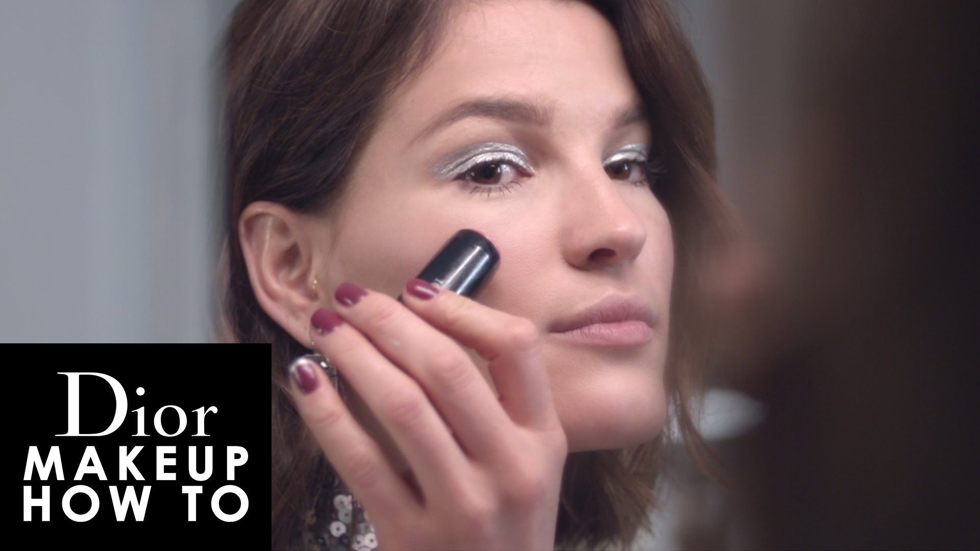 Lovely Hanneli Mustaparta Shows How To Apply A Modern Futuristic Makeup  Using Dior Cosmopolite Collection €�