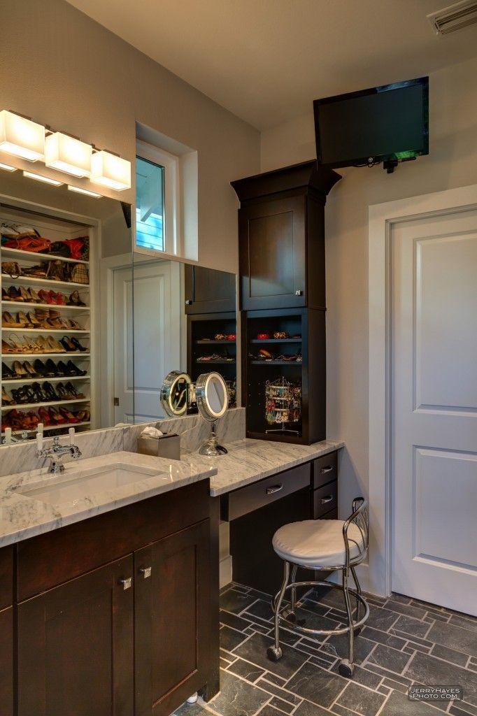 Small Bathroom Vanities With Lots Of Storage