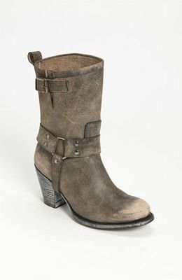 Ooooohhhh LOVE these!!!  Matisse Womens Cowgirl Buckle Boot Midcalf Gray Distressed Helms Size 7