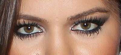 I'm pretty sure this is Khloe Kardashian..I love her makeup