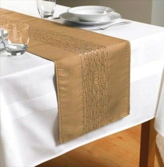 Free Table Runner Purchase This White Table Cloth At Just 7 99