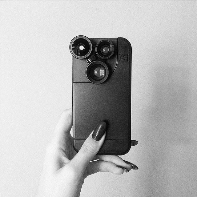 """""""Say hello to my new toy.""""  : #izziographer @laurenbejaoui. Click the link in our bio to join our newsletter and save on your next iZZi purchase!  by izzigadgets"""