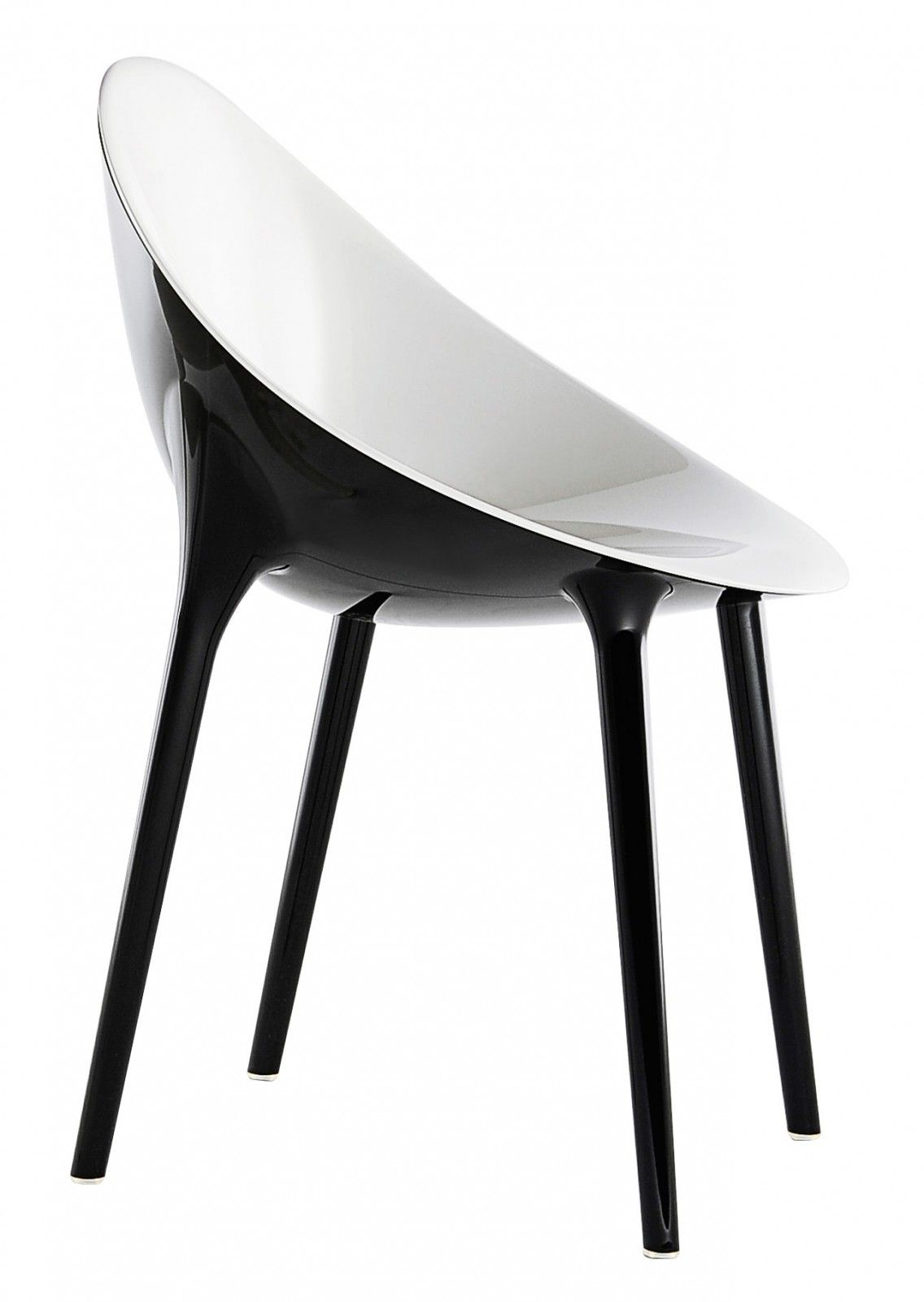 Chaise int rieur et ext rieur outdoor super impossible design philippe starck par kartell la - La magie de la conception de meubles de salon ...