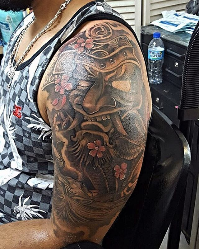 #1 #art #love #tattoo #tattoos #beauty #trinidadtattoos #obasi #obasispringer #livemyjobandlovemyjob #heavyjamming #satlikearock #darkskinbodyart #appointmentsjamsodohbennup #singlefile #badmandohweargstring