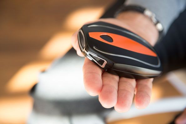 Our Favorite Fit Tech of 2014: See what CES (and more!) have in store for the fitness world this year. #SelfMagazine