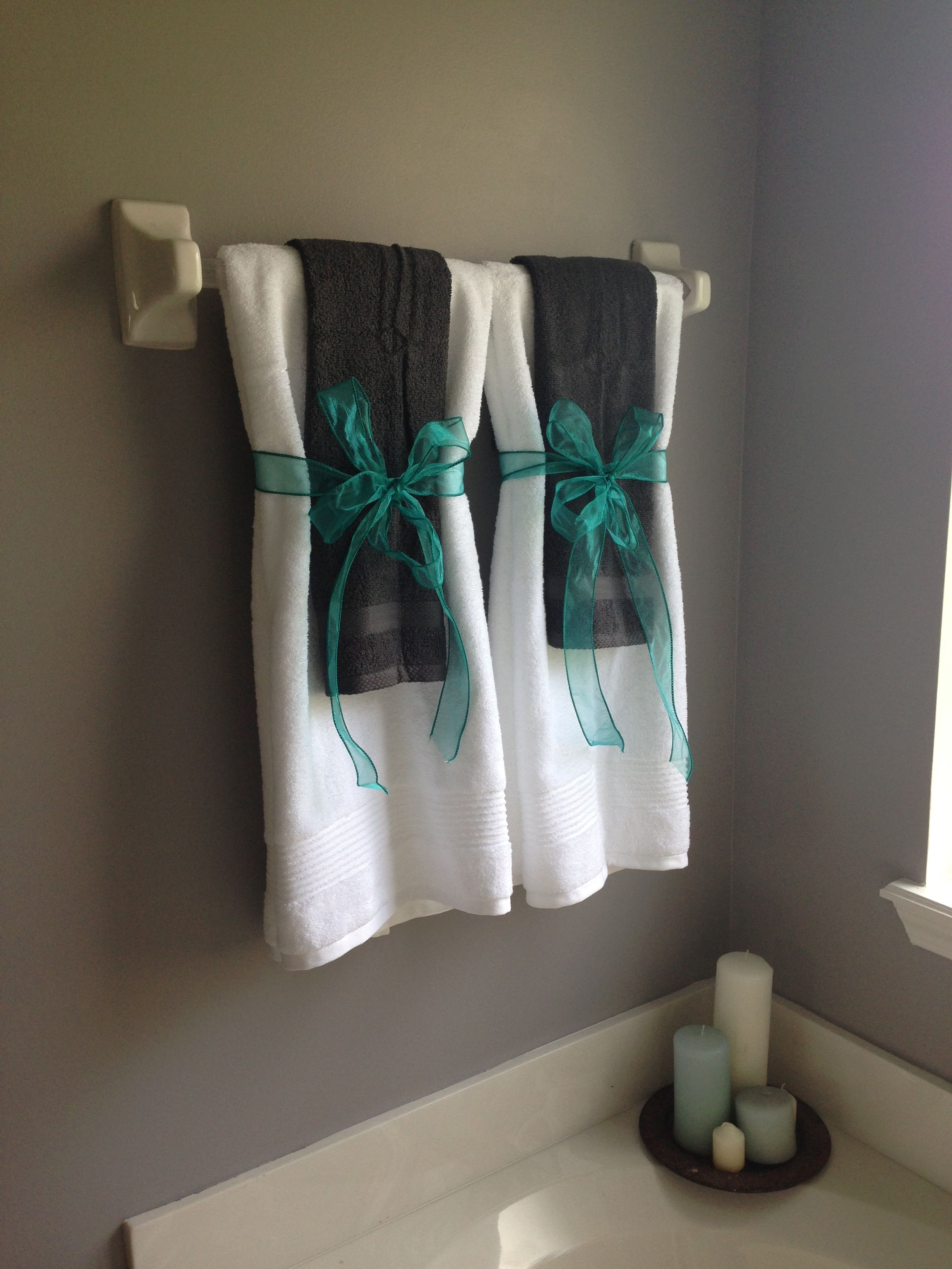 Use Silver Ribbon Teal Body Towel And White Large