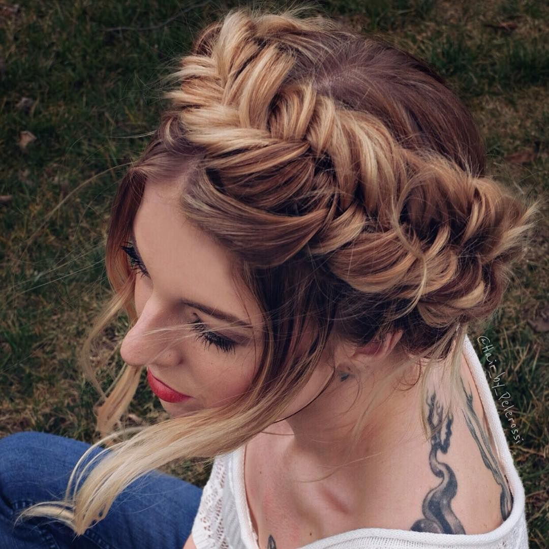 11 Beautiful milkmaid braid updo hairstyles that never go out style - milkmaid braid ideas,fishtail milkmaid braid,Dutch milkmaid braids updo ,braid wedding hairstyle ideas #updo #milkmaidbraids #weddinghairstyles #hairstyles