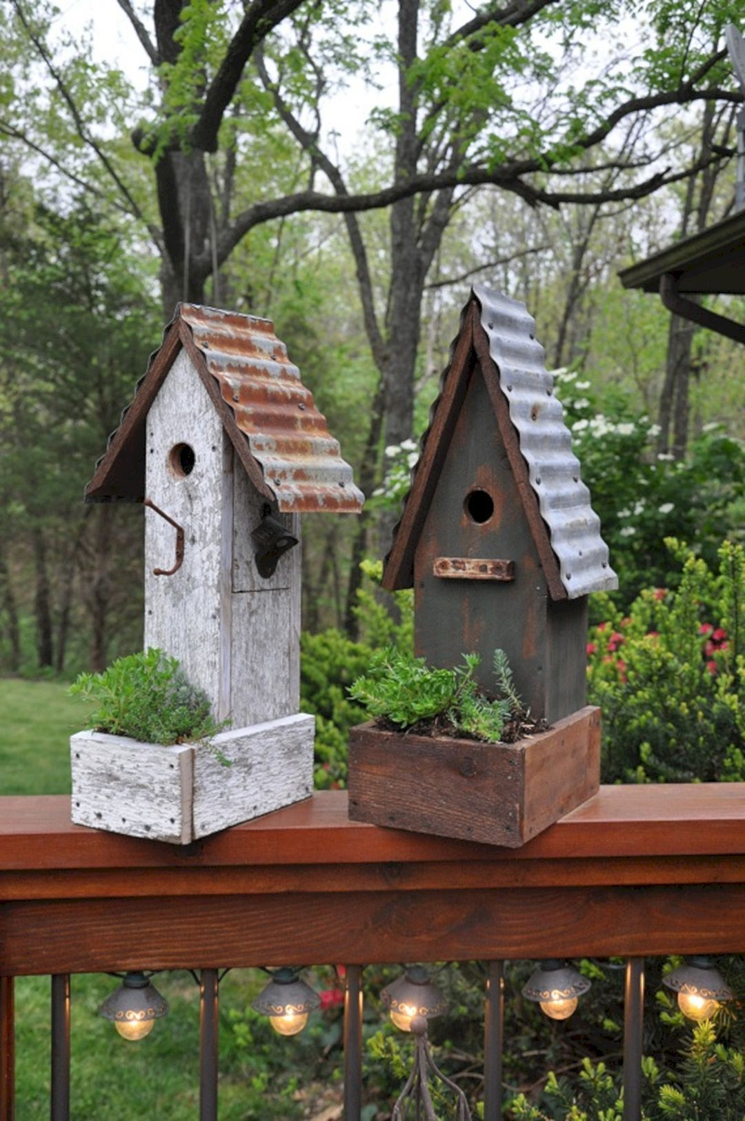 Birdhouse In The Garden (Birdhouse In The Garden) design ideas and photos #birdhouses
