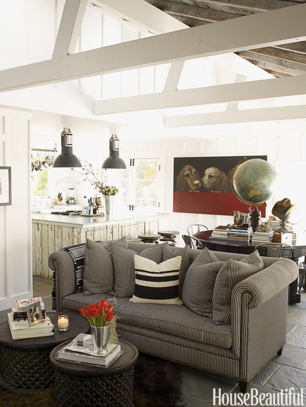 14 Sneaky Styling Tricks for a Small Living Room | Big coffee, Drum ...