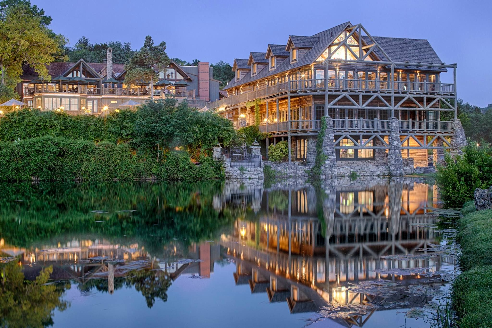 This Hidden Resort In Missouri Is The Perfect Place To Get