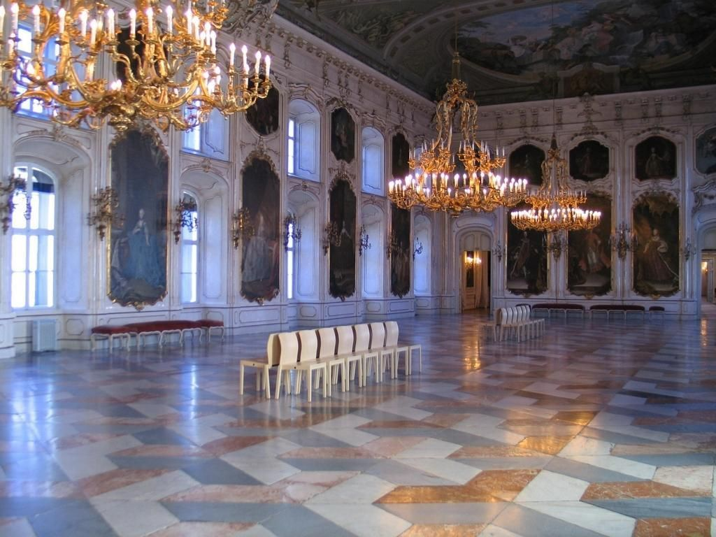 Hofburg palace interior google search vienna places for Interior design innsbruck