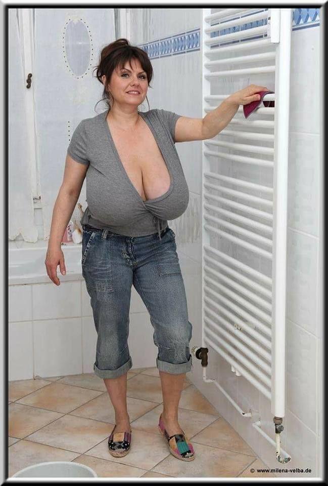 Naked pictures of jennifer taylor
