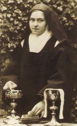 Santa Teresinha sacristã | Teresinha, Teresinha do menino jesus ...